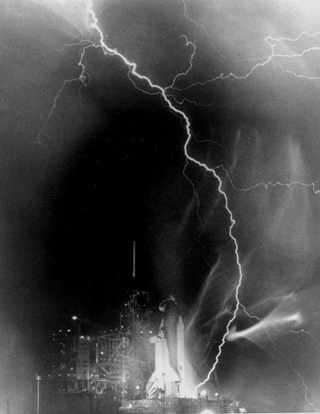 07_lightning_strikes_challenger.jpg